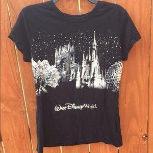 Walt Disney Size Large Women's T-Shirt